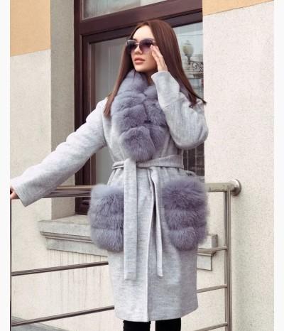 Пальто зимнее Опушка на воротнике и карманах финский песец