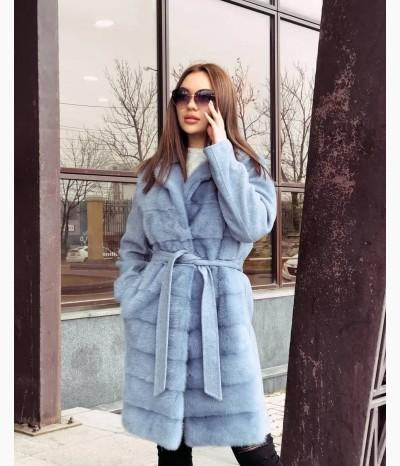 Потрясающее пальто с норочкой
