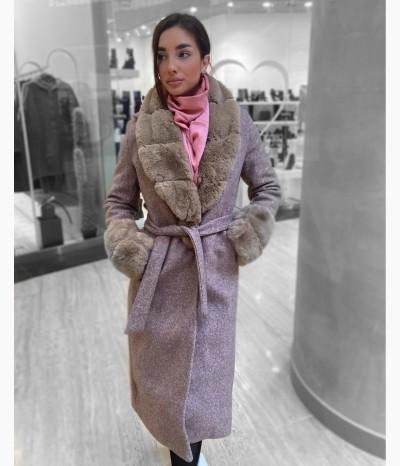 Пальто с эко-мехом