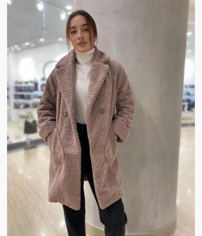 Легкое плюшевое пальто
